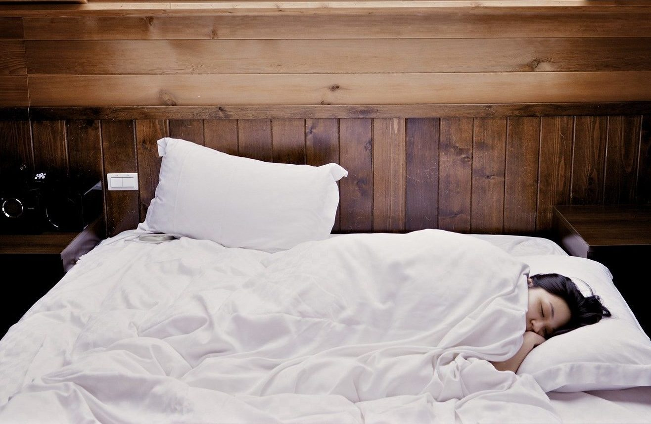 Understanding the relationship between nutrition & sleep Image