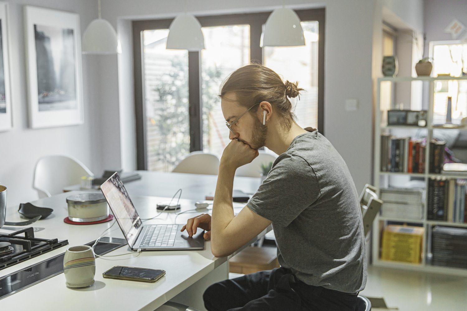 Opportunity to work from home Image