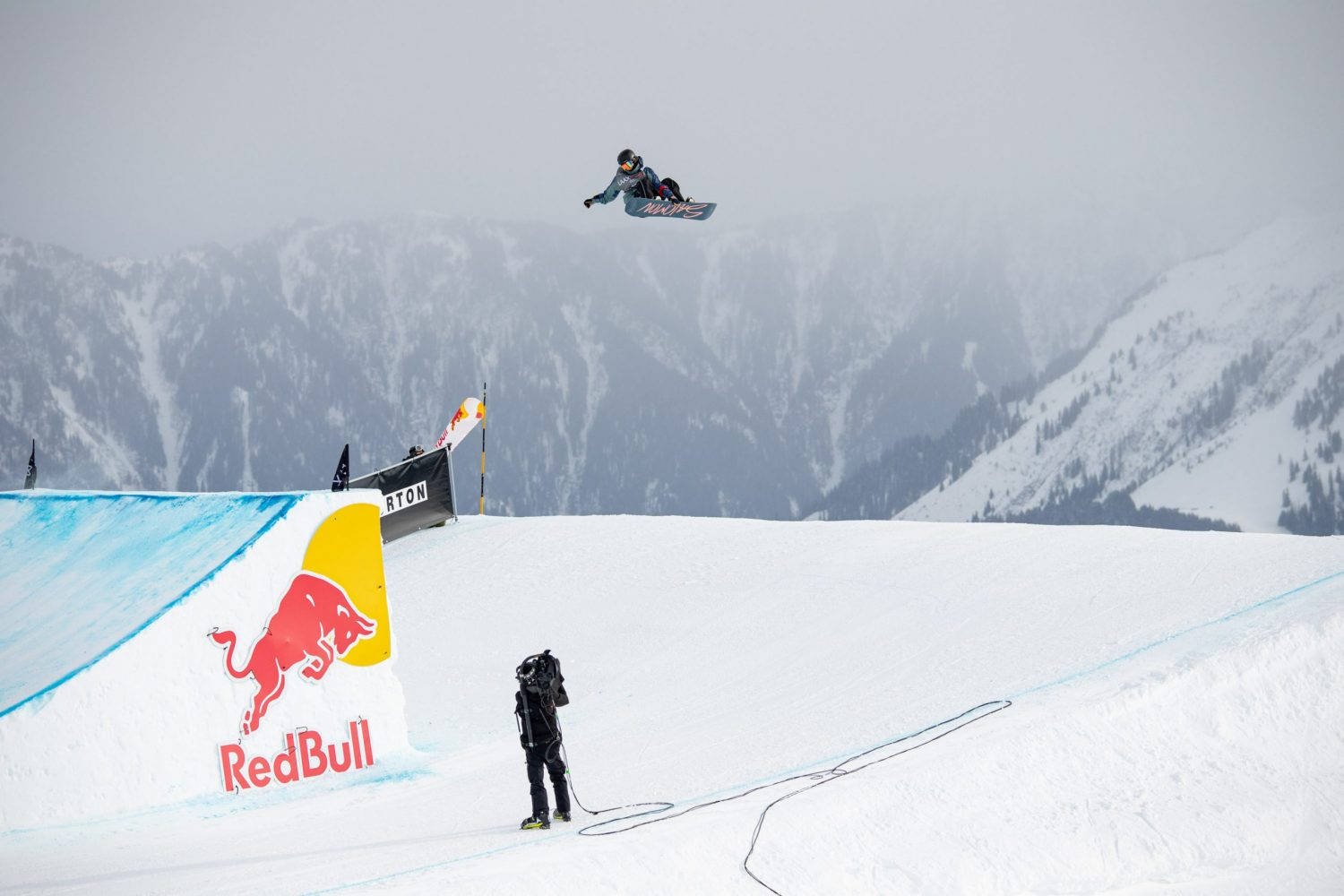 Tess Coady takes slopestyle bronze in World Cup opener Image