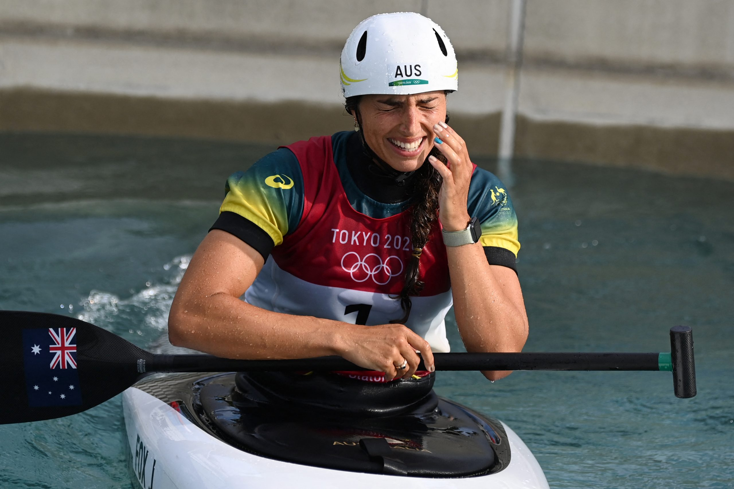Jessica Fox wins first ever Olympic women's C1 gold Image