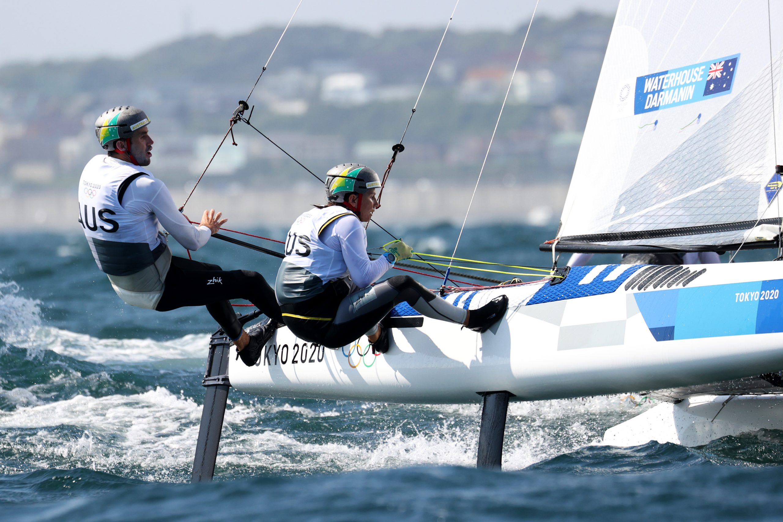 Mixed Nacra 17 duo remain afloat in medal hunt Image